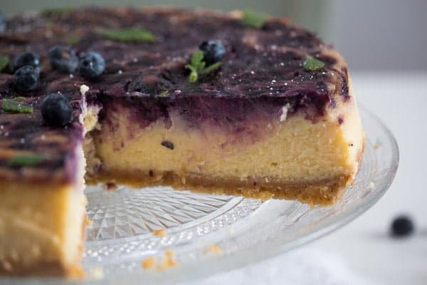lemon curd cheesecake with blueberries