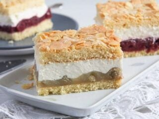 german gooseberry cheesecake square served on a white platter