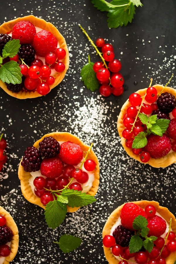 mini pie shells with berries