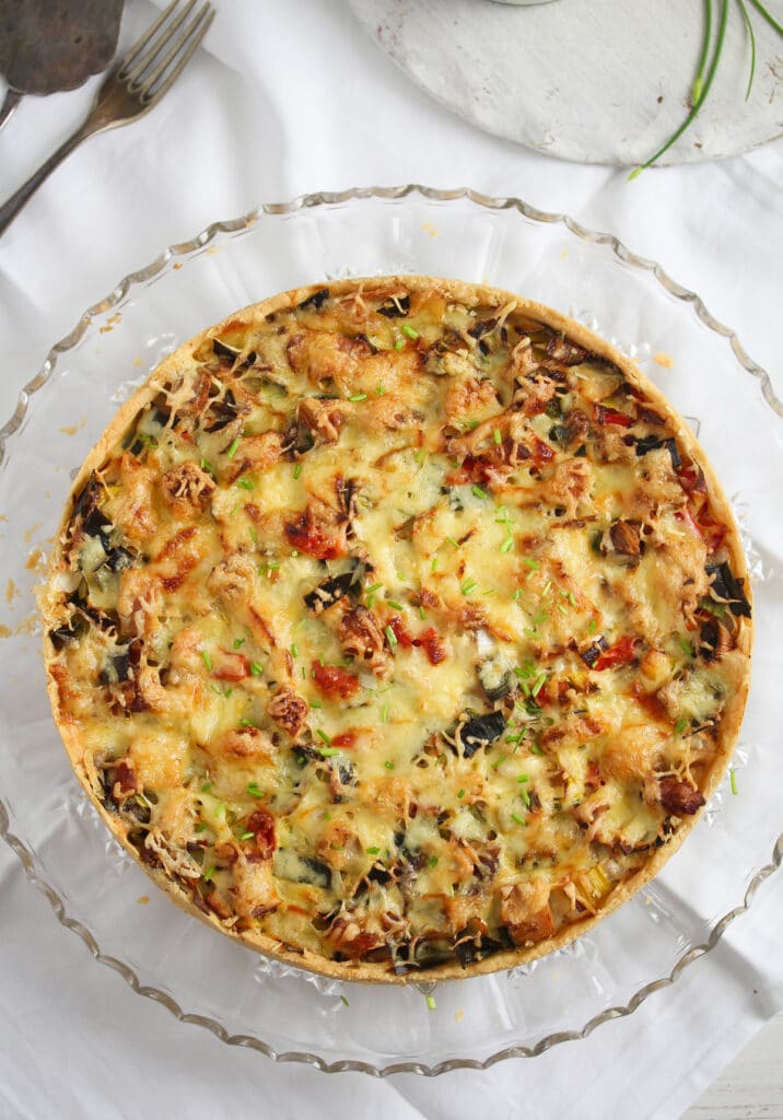 savory shortcrust pie with vegetables and chicken