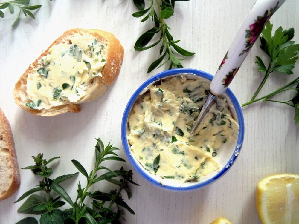herbs garlic butter Homemade Herb Garlic Paste   with Parsley and Chives