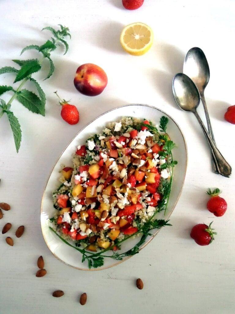 grain salad with strawberries