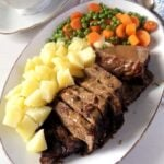 balsamic beef with potatoes, peas and carrots