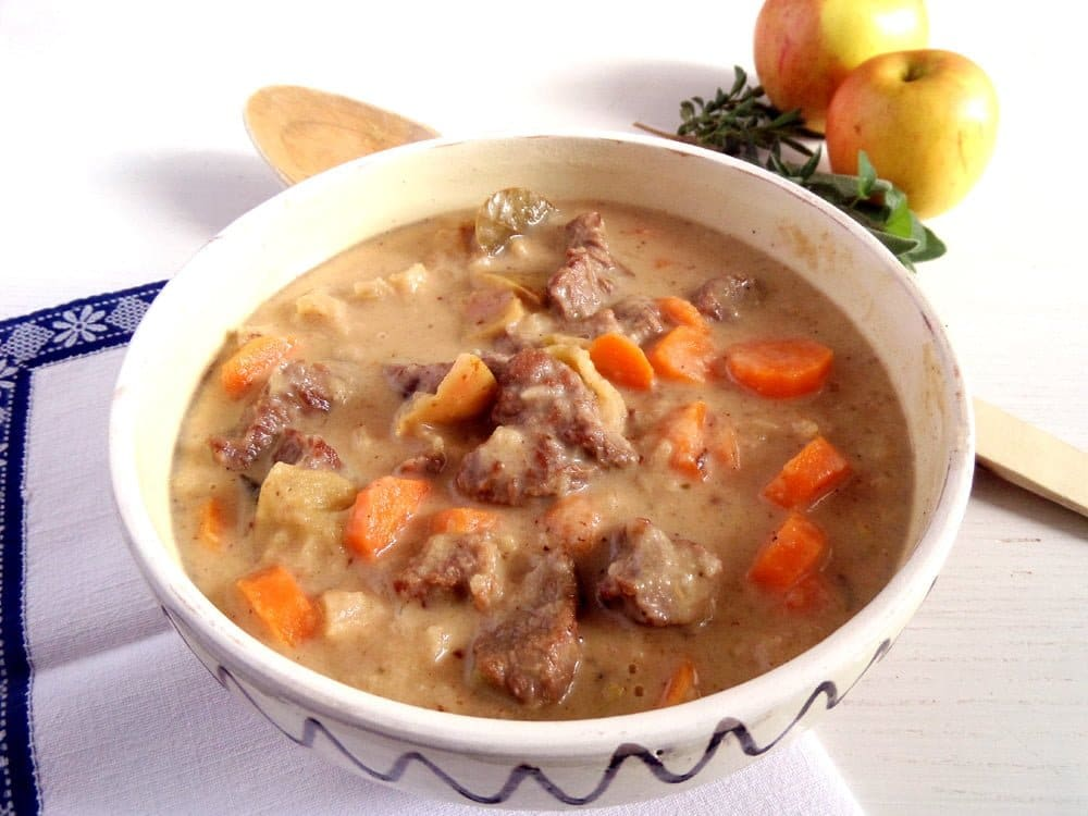 Apple Beef Goulash