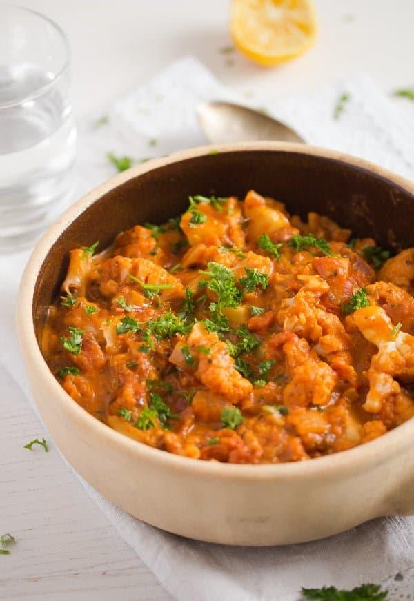 cauliflower in tomato sauce 7 Cauliflower In Tomato Sauce – Vegan Cauliflower Recipe