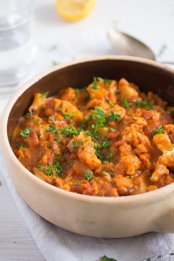 cauliflower in tomato sauce 9 Cauliflower In Tomato Sauce – Vegan Cauliflower Recipe