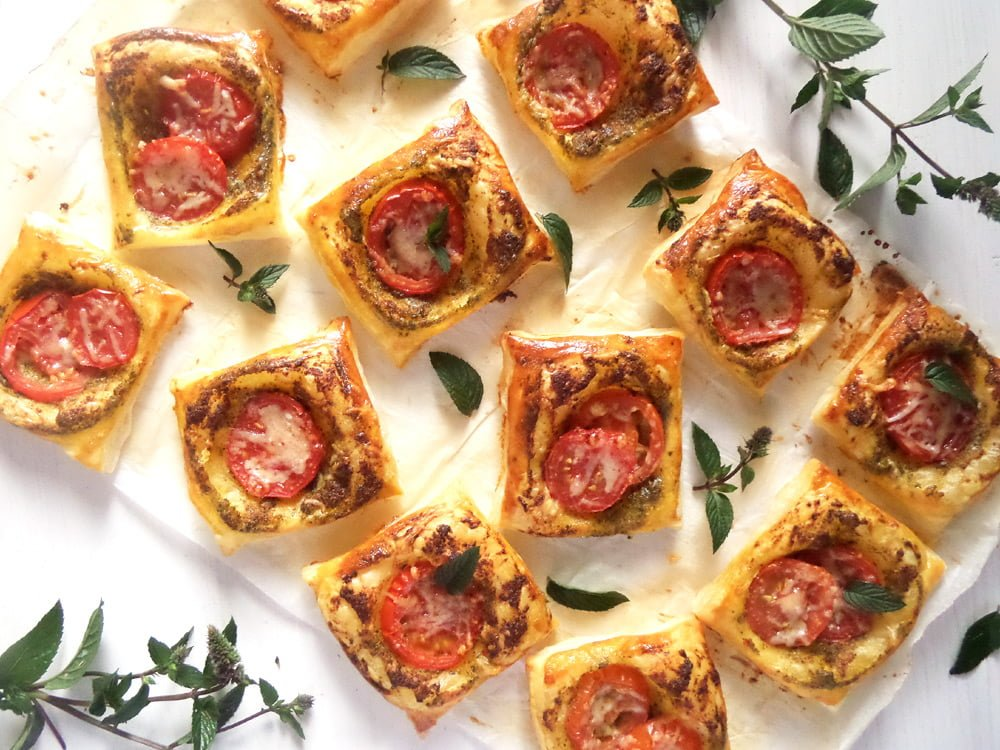 puff pastry pesto tomato Crispy Asparagus in Puff Pastry with Homemade Lemon Mayonnaise