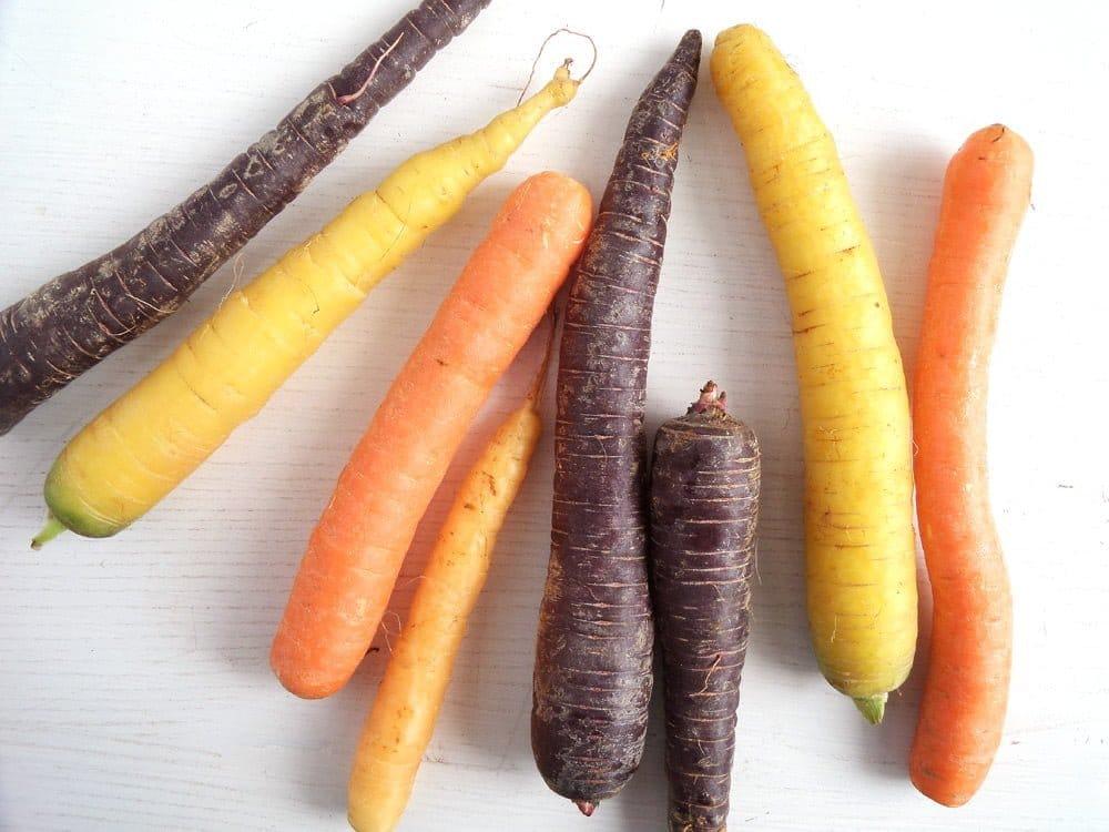 Honey-Glazed Carrots With Tahini Dip - Where Is My Spoon