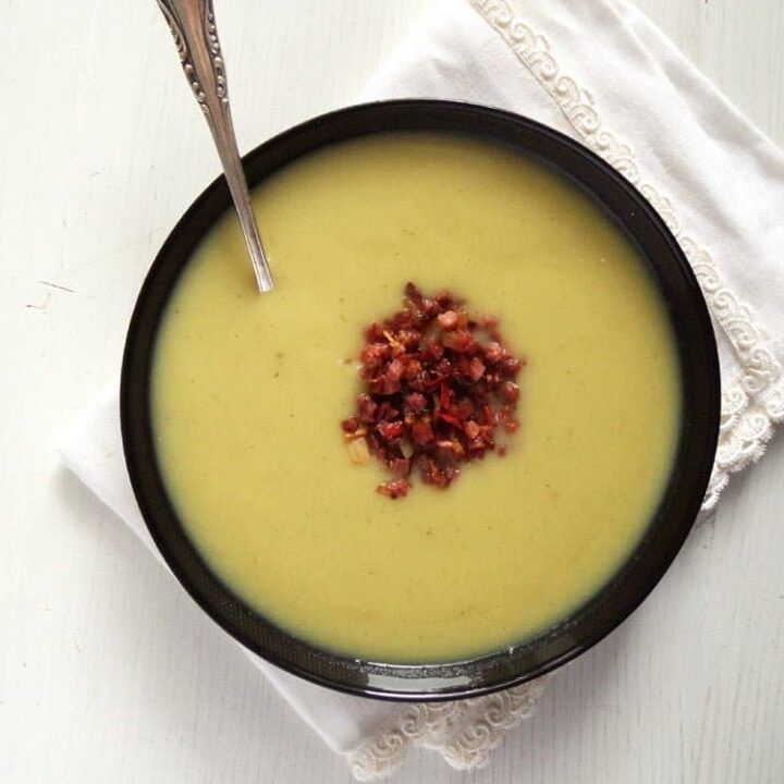 creamy sunchoke Jerusalem artichoke soup in a bowl