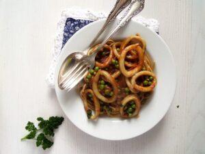 spaghetti calamari peas 300x225 spaghetti calamari peas