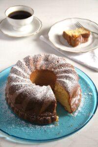 orange cake gugelhupf 200x300 Moist Orange Bundt Cake