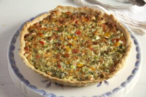 quiche 300x200 Easy Quiche with Cheese and Green Onions