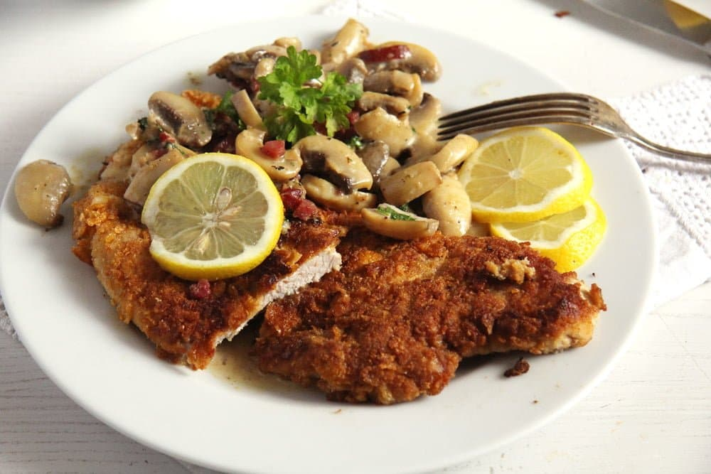 schnitzel hunter Jägerschnitzel   German Schnitzel with Mushrooms