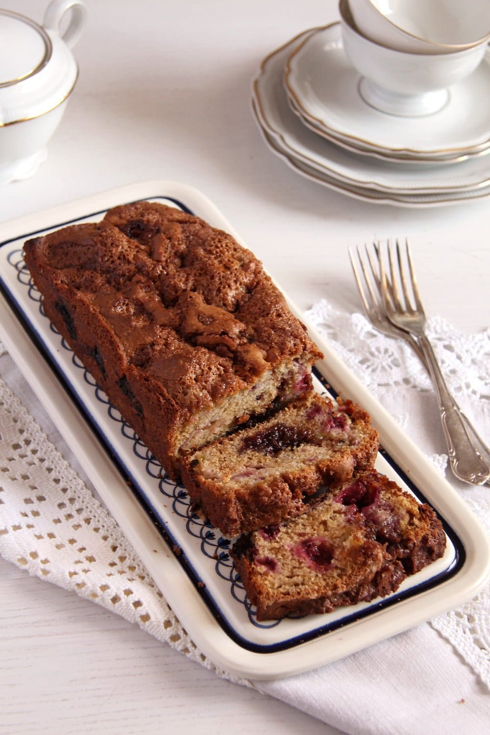 rhubarb bread 12 Mothers Day Recipes