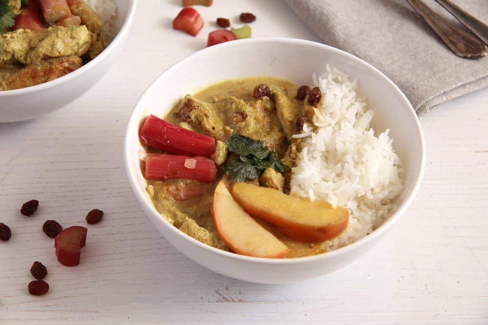 green curry with chicken and vegetables