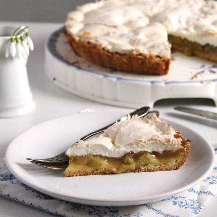 rhubarb pie best 720x720 The Best Rhubarb Meringue Pie or Rhubarb Tart