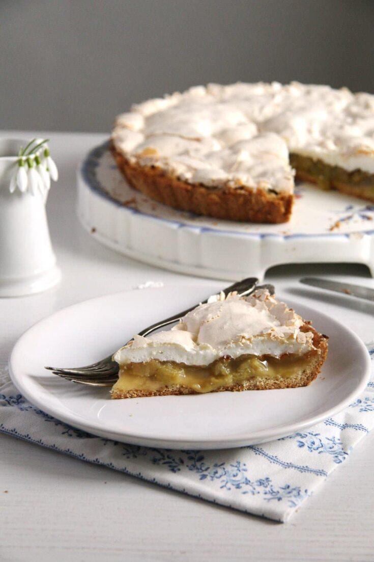 rhubarb pie best 735x1103 The Best Rhubarb Meringue Pie or Rhubarb Tart