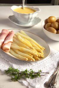 asparagus hollandaise white 200x300 asparagus hollandaise white