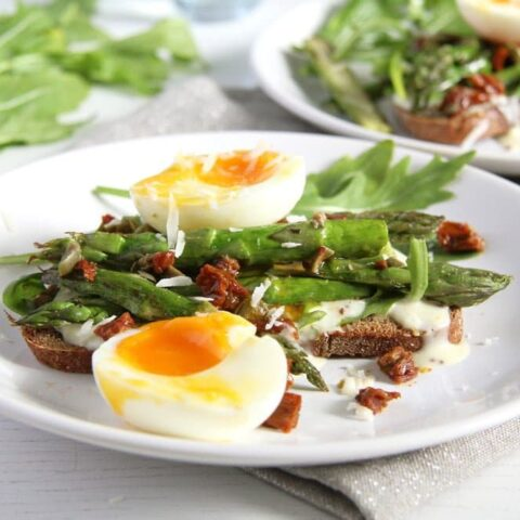 asparagus and eggs open sandwich
