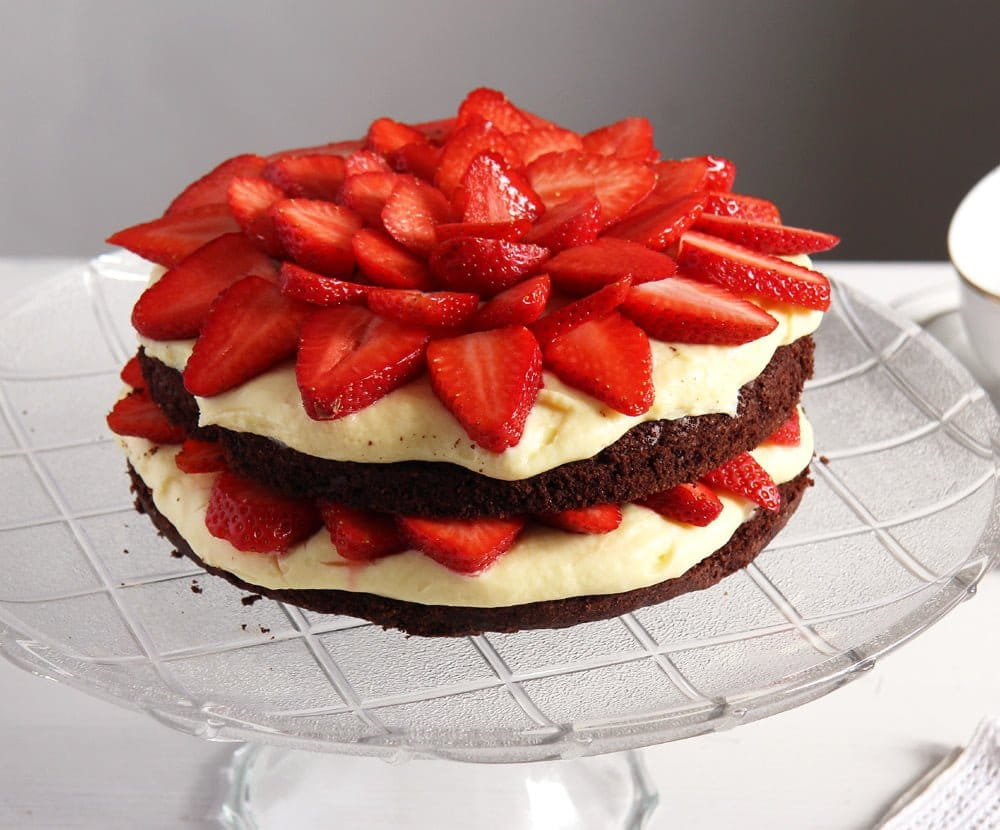brownie strawberry pudding Brownie Strawberry Torte with Condensed Milk Filling