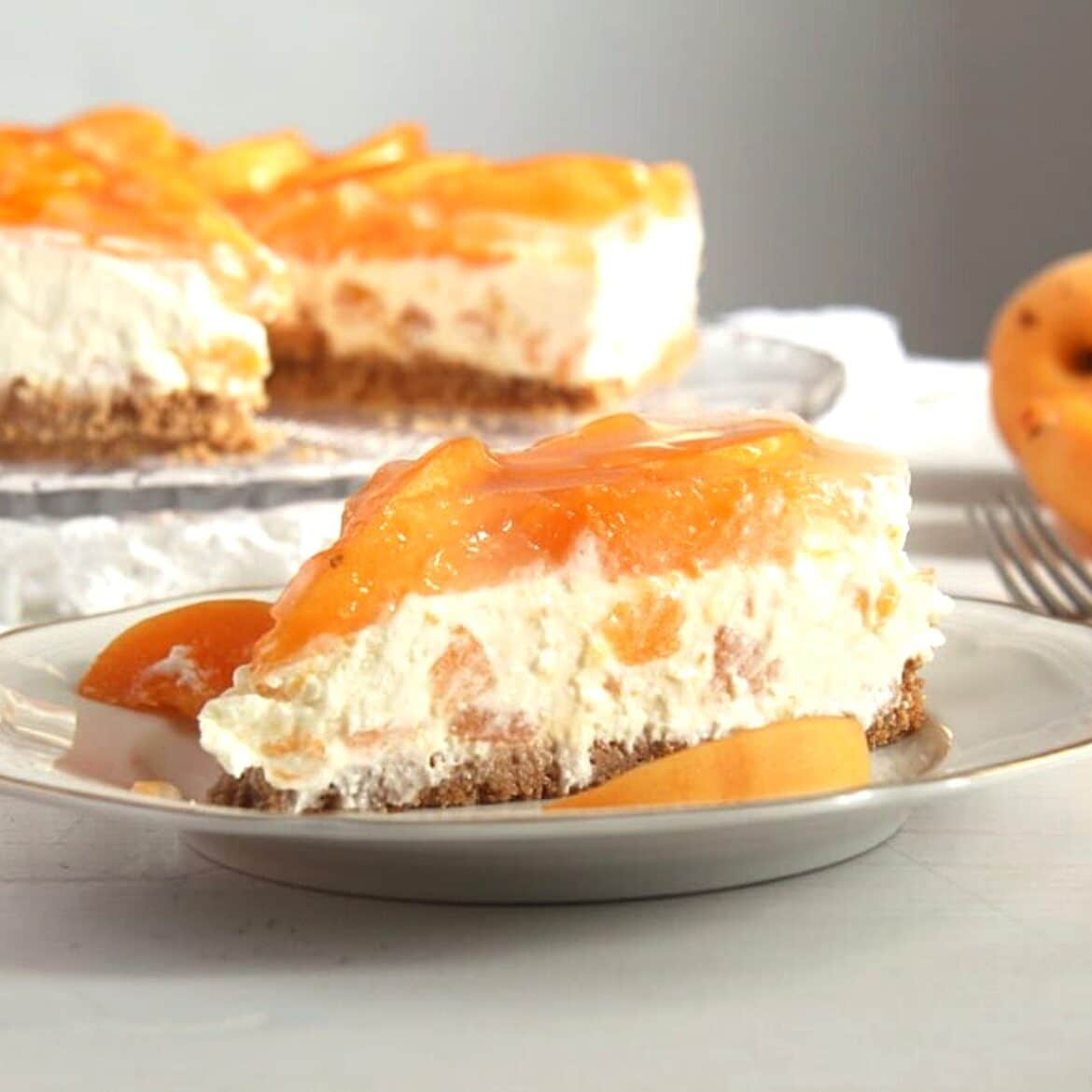 no bake apricot cheesecake on a small plate