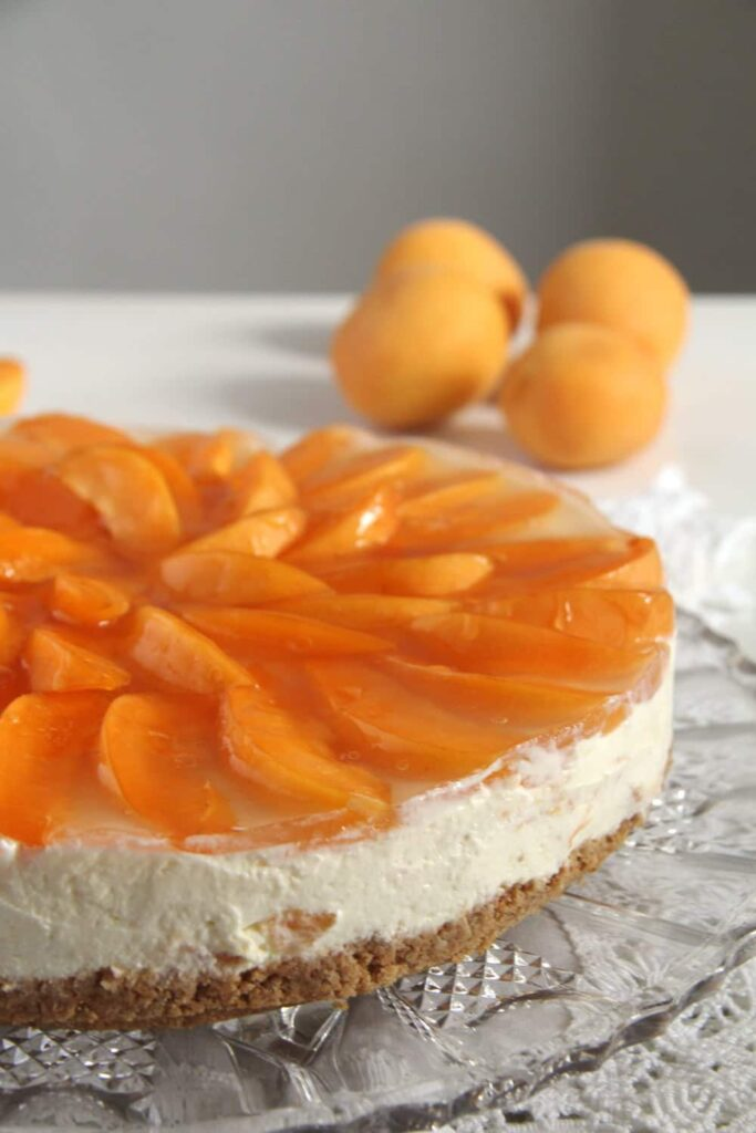 apricot white chocolate 683x1024 Creamy White Chocolate Apricot Cheesecake