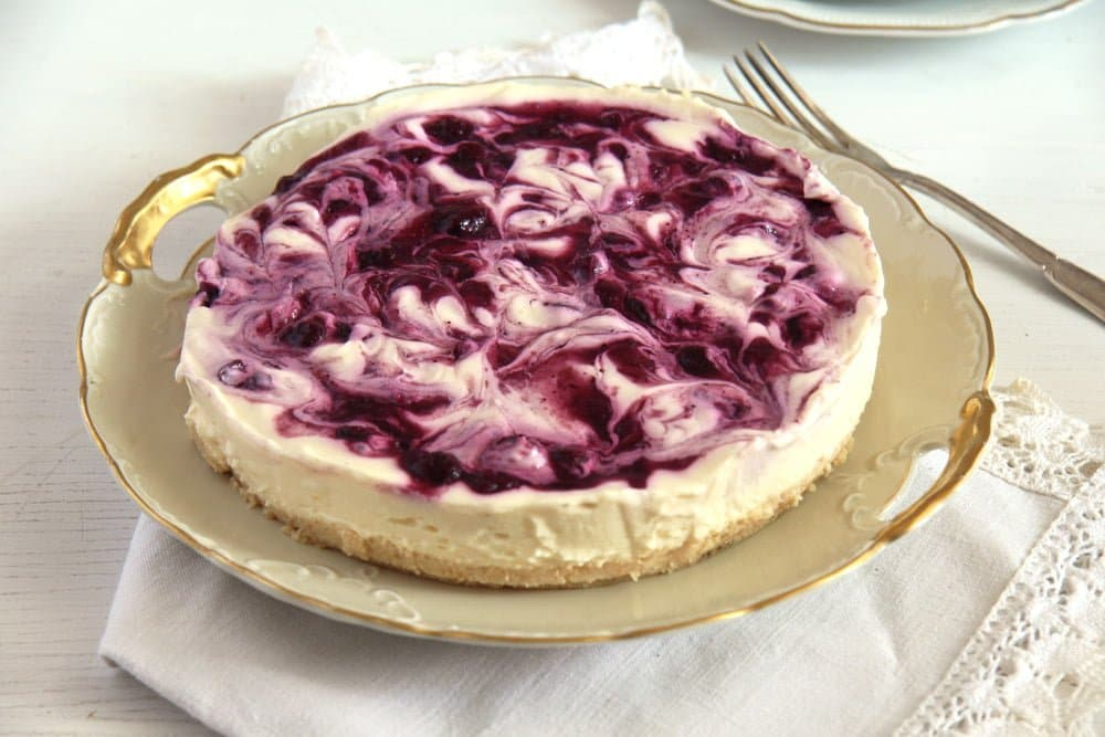 berry cheesecake soft No Bake Blueberry Lemon Curd Cheesecake with Mascarpone