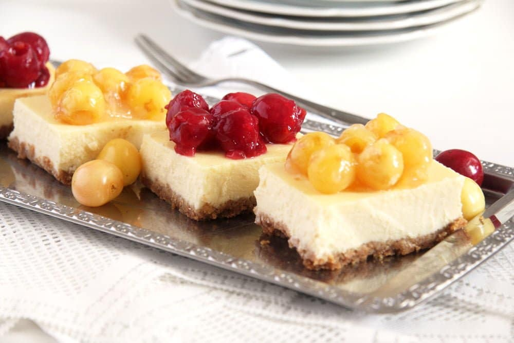 Cream Cheese Bars with Cherry Topping