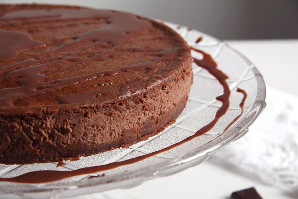 how to add chocolate to a cheesecake