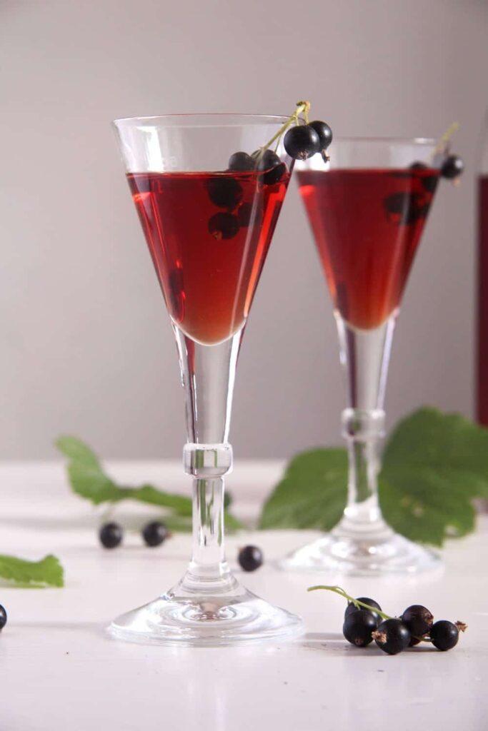 creme cassis liquor 683x1024 Homemade Crème de Cassis or Black Currant Liquor