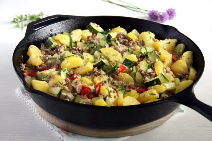 zucchini hash 735x490 Cooking Zucchini – Over 30 Easy Zucchini Recipes