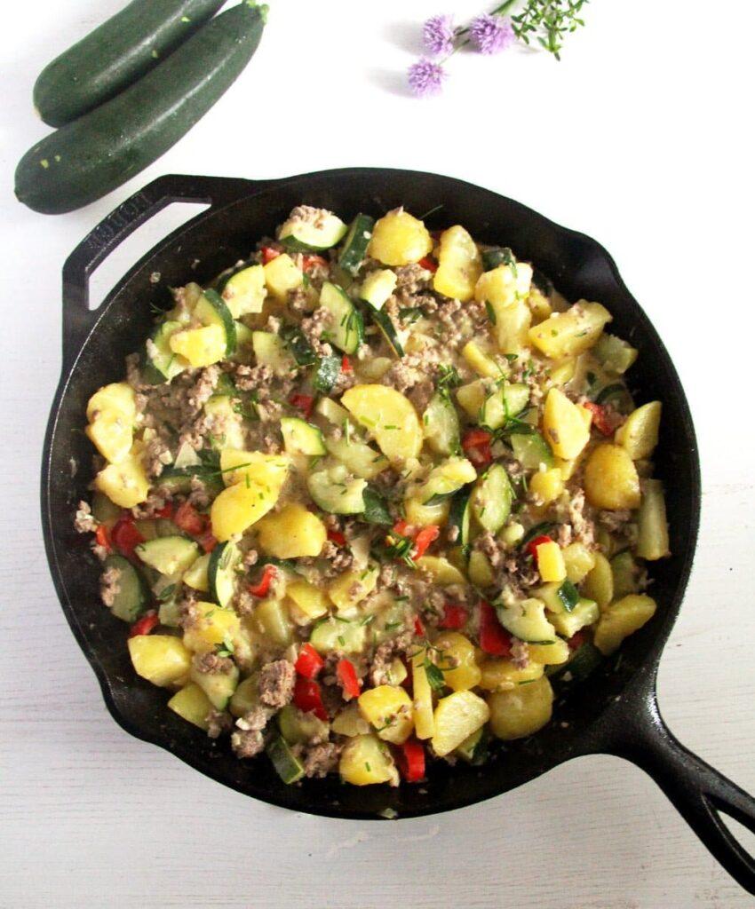 zucchini potatoes 850x1024 Zucchini Beef Skillet with Potatoes and Garlic