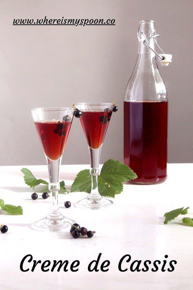 crème de cassis recipe, Crème de Cassis Recipe (Black Currant Liqueur)