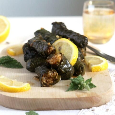 Syrian stuffed vine leaves with rice