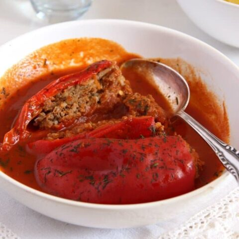 Stuffed Peppers with Mince in Tomato Sauce