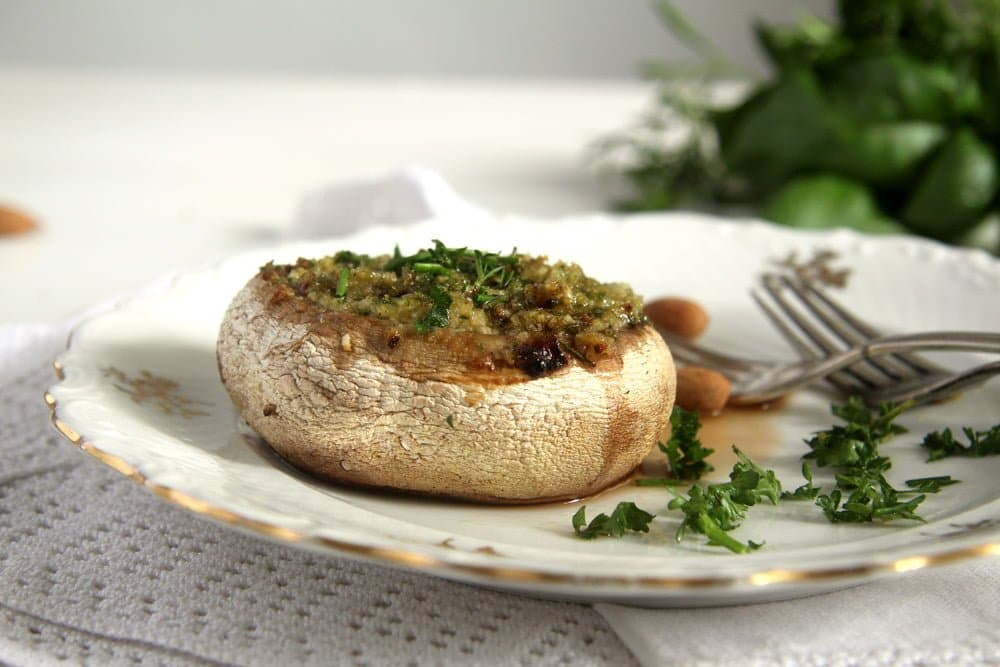 stuffed mushrooms herb butt Mushrooms with Herb Butter and Almond Filling