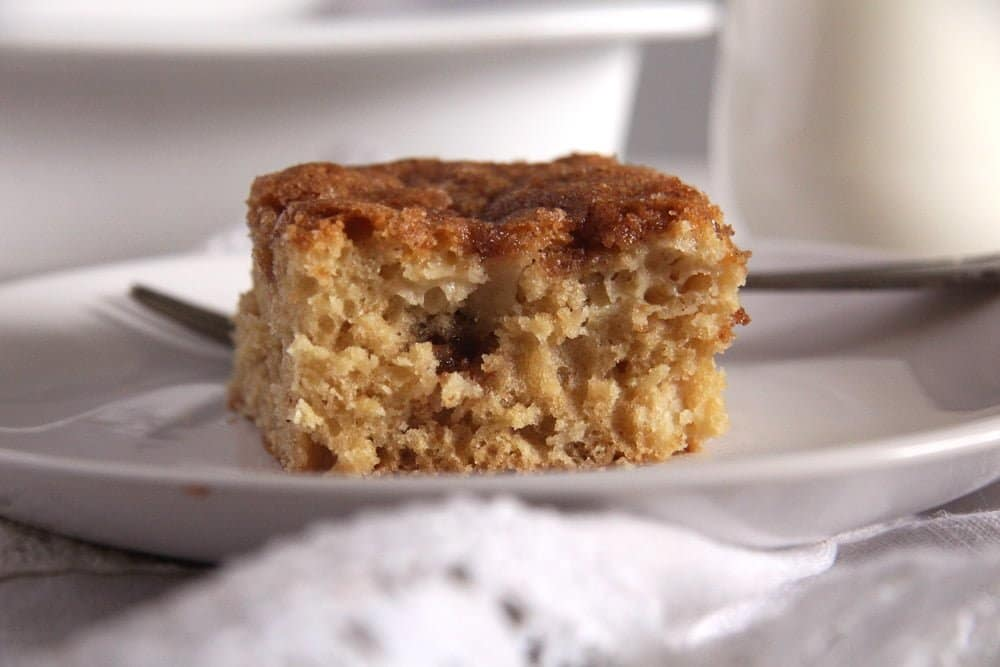 apple cake sugar Easy Apple Cinnamon Cake with a Sugar Topping
