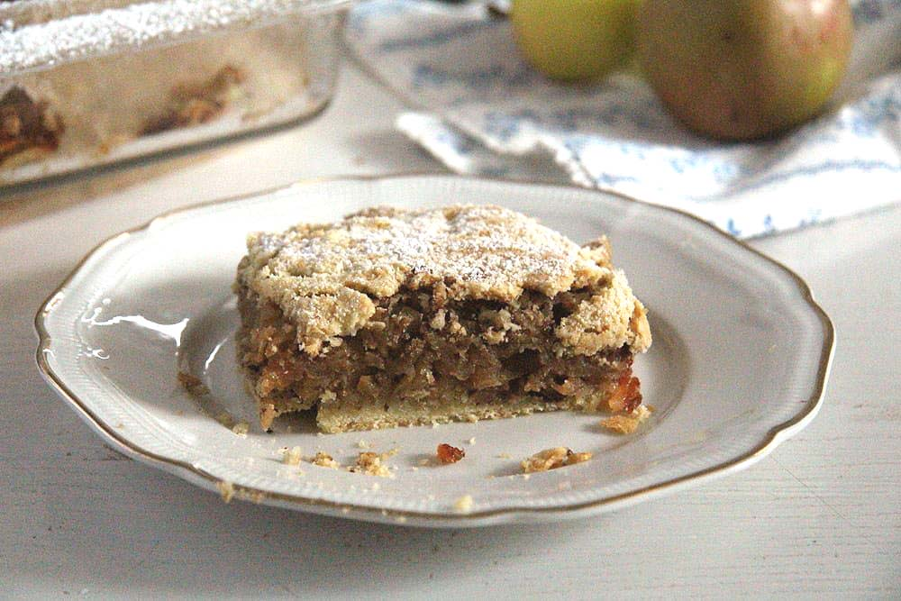 hazelnut cake with a thick layer of apples and shortcrust pastry