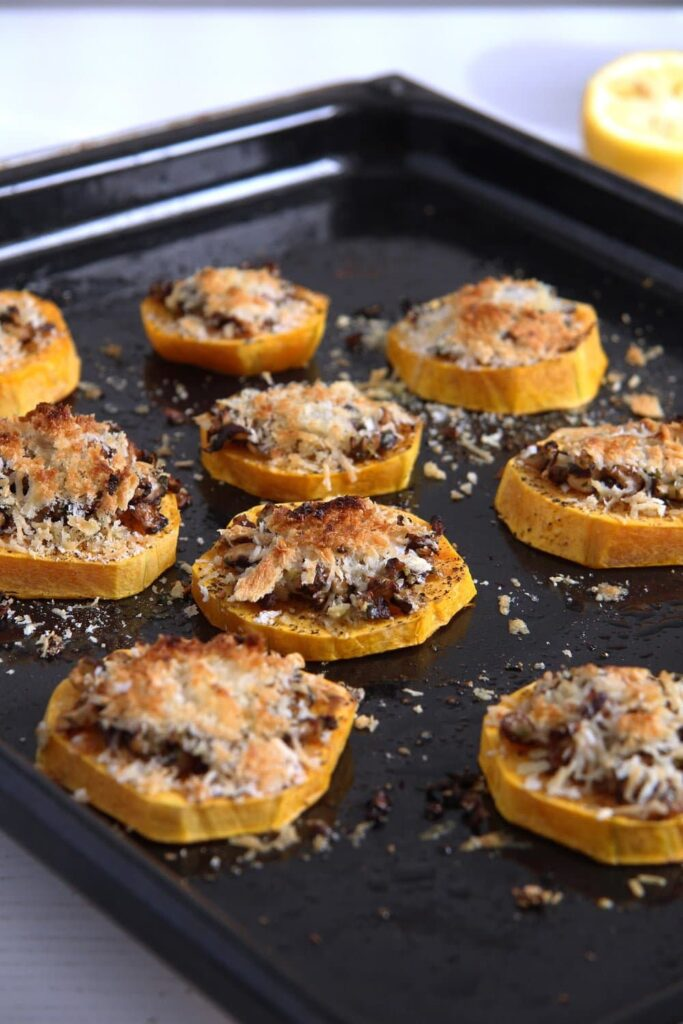 squash slices cheese 683x1024 Baked Butternut Squash Parmesan Slices with Mushrooms