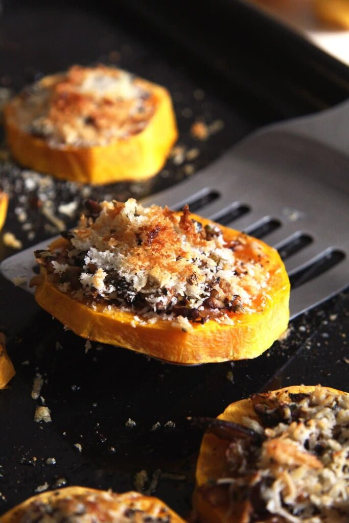 squash slices panko 683x1024 Baked Butternut Squash Parmesan Slices with Mushrooms