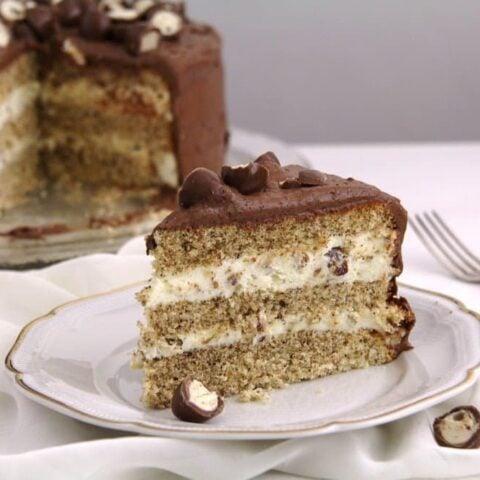Kinder Cake (with Kinder Chocolate Candy)