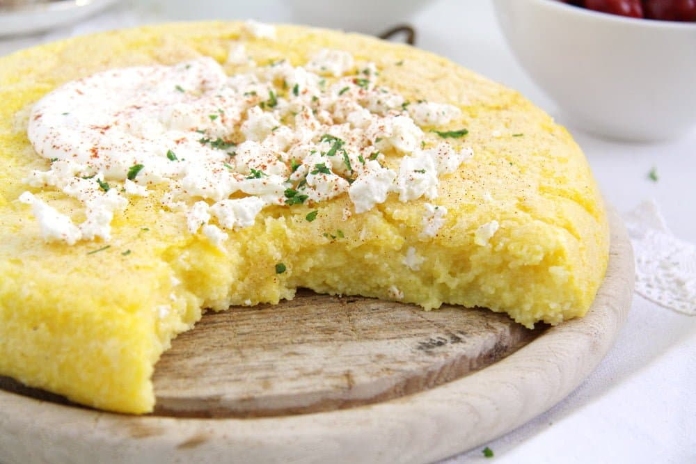 how to cook polenta 3 Romanian Polenta Souffle with Cheese and Garlic Sauce