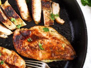 cast iron skillet chicken breast marinated