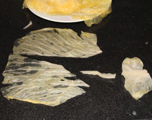 cabbage rolls 4 585x461 Vegan Sauerkraut Rolls with Rice, Walnuts and Raisins