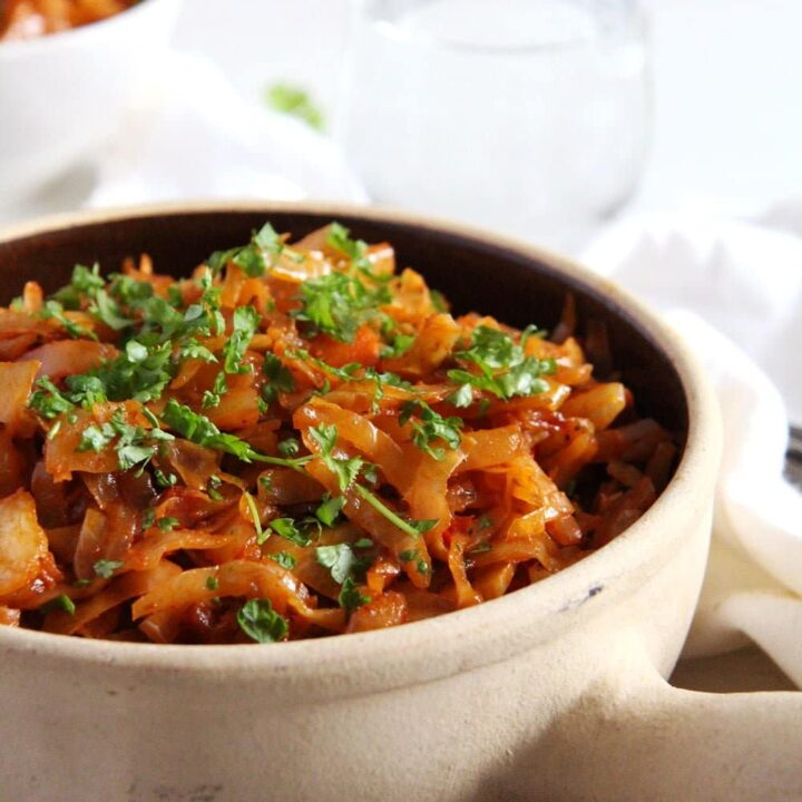 Romanian Stewed Cabbage