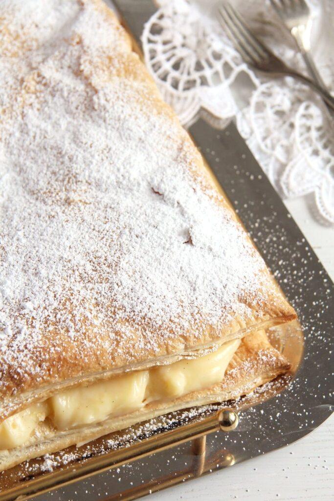 cremsnit vanilla 683x1024 Vanilla Cream Pie – The Best Romanian Cremsnit