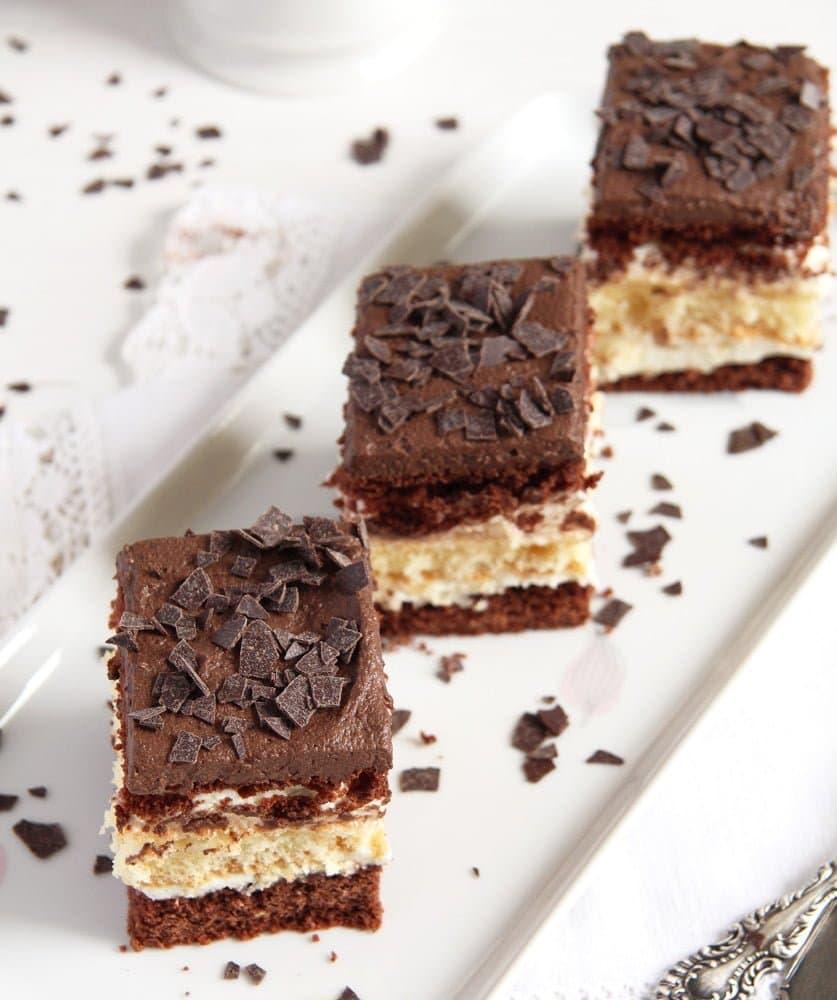 layer cake vanilla Layered Chocolate Vanilla Cake