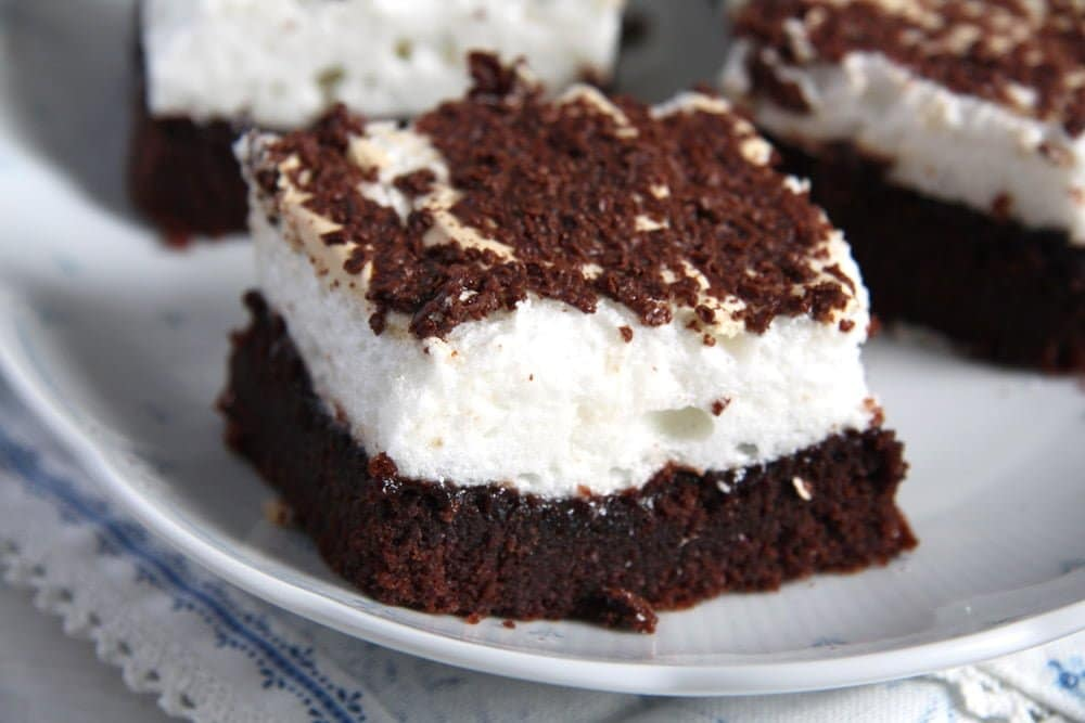 romanian brownie Moist Brownies with Meringue Topping   Romanian Negrese Recipe