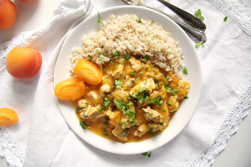 chicken with apricots and herbs
