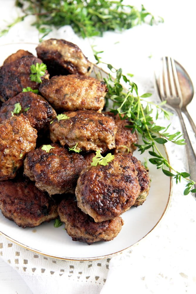moldavian meatballs parsley Beef and Pork Meatballs with Garlic and Herbs